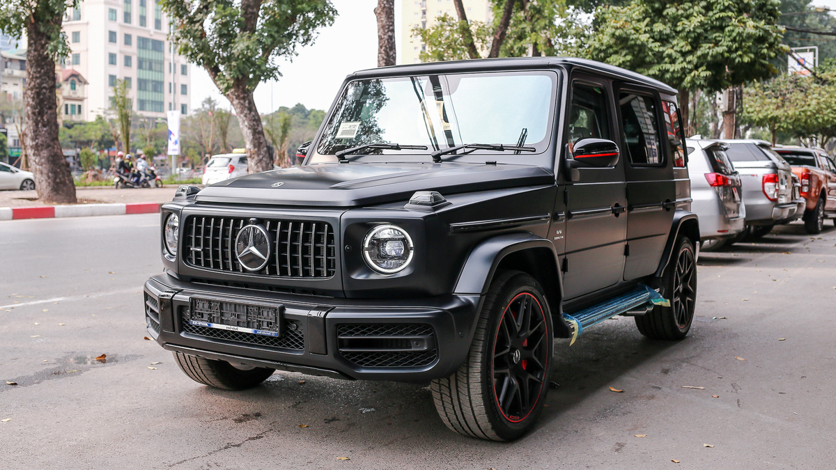 g65-amg-2019-1-edition-12-of-1-1551628668